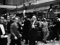 800px ny stock exchange traders floor lc u9 10548 6